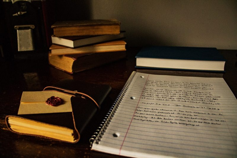 ノートと本