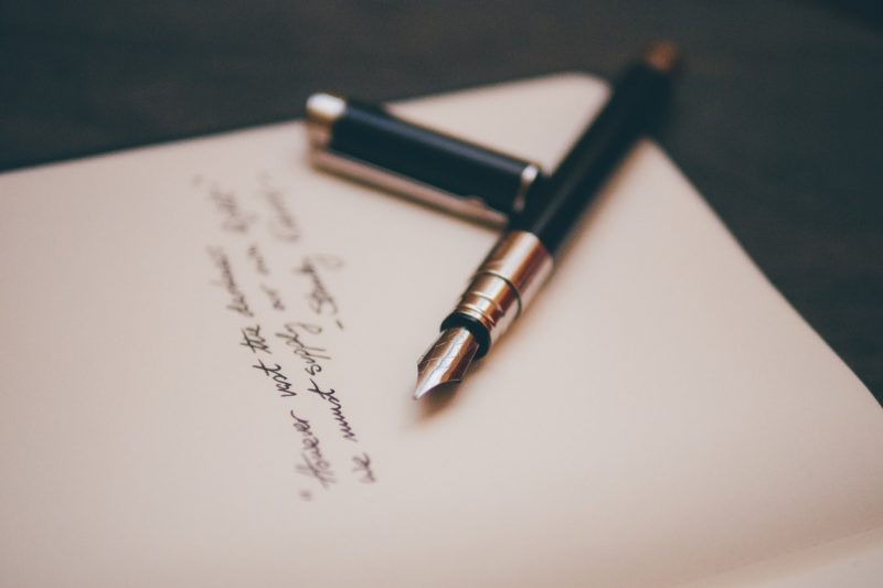 photo of note and fountain-pen